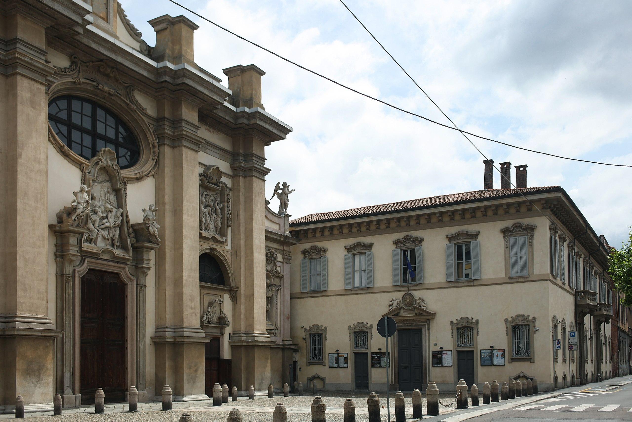 2560px-Il_Conservatorio_di_Musica_di_Milano